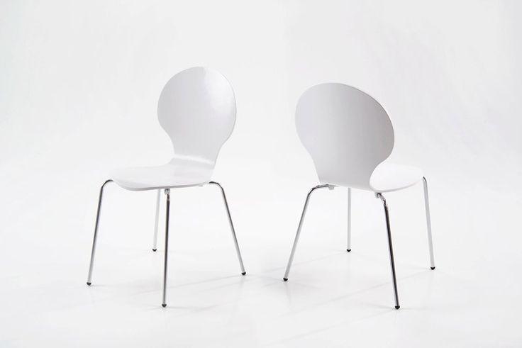 Jonathan skalstol - Hvid spisebordsstol med formspændt sæde. Flot spisestuestol til køkkenet med god siddekomfort. Retro stol som du kan få i mange forskellige farver. Der skal minimum købes 4 stk.