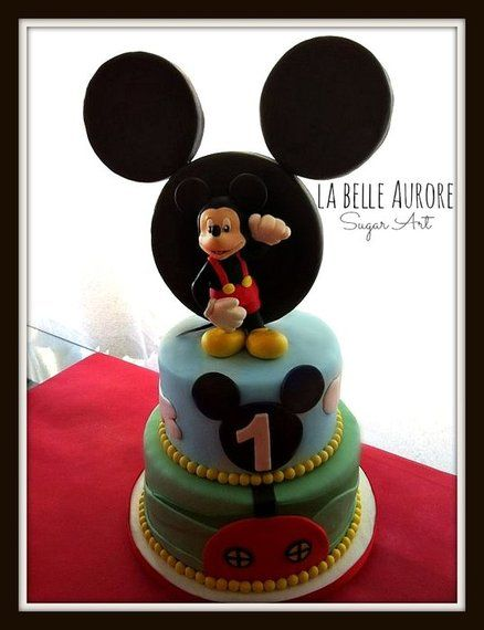 Mickey Mouse  Cake by LaBelleAurore