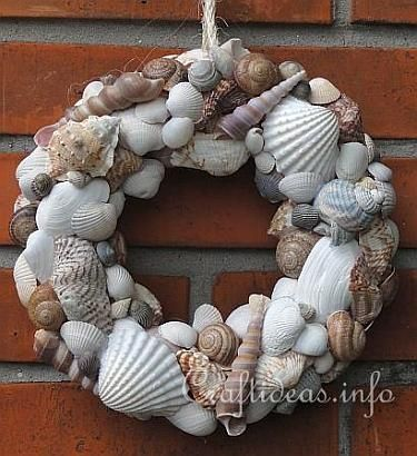sea shells crafts ideas | Maritime and Seashell Craft - Seashells Wreath