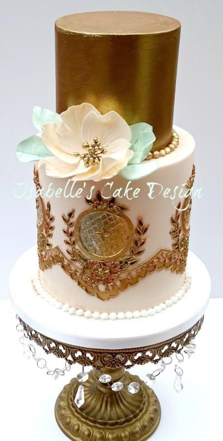 Floral Metallics by Isabelle's Cake Design - http://cakesdecor.com/cakes/268051-floral-metallics