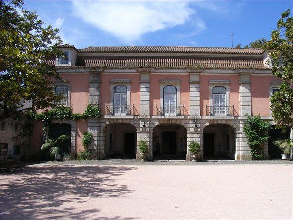 Museu Nacional do Traje.