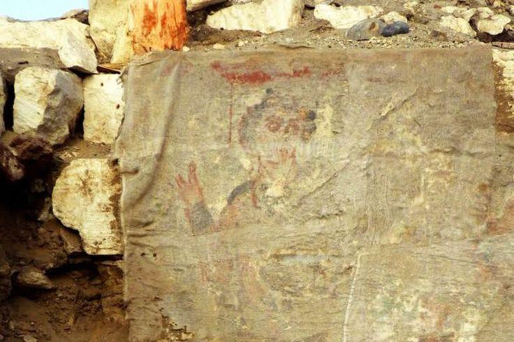 Une équipe d'égyptologues espagnols vient de trouver ce qui pourrait êtrela plus ancienne représentation de Jésus-Christ jamais découverte. Dans une tombe datant du 6ème siècle, figurent des port…