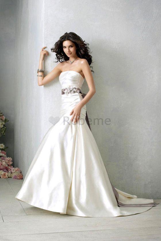 Robe de mariée simple en satin fourreaux plissés avec cristal longueur au ras du sol