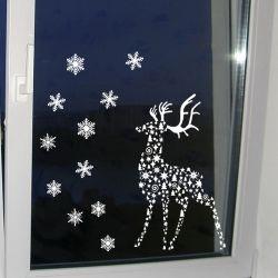 Виниловая наклейка на окна Олень