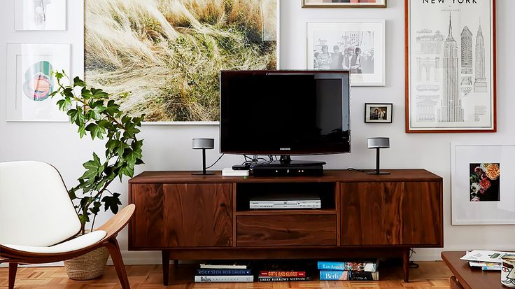 9 Things That Make Your Home Less Sophisticated//TV stands — instead, use a console//gallery wall, midcentury media stand