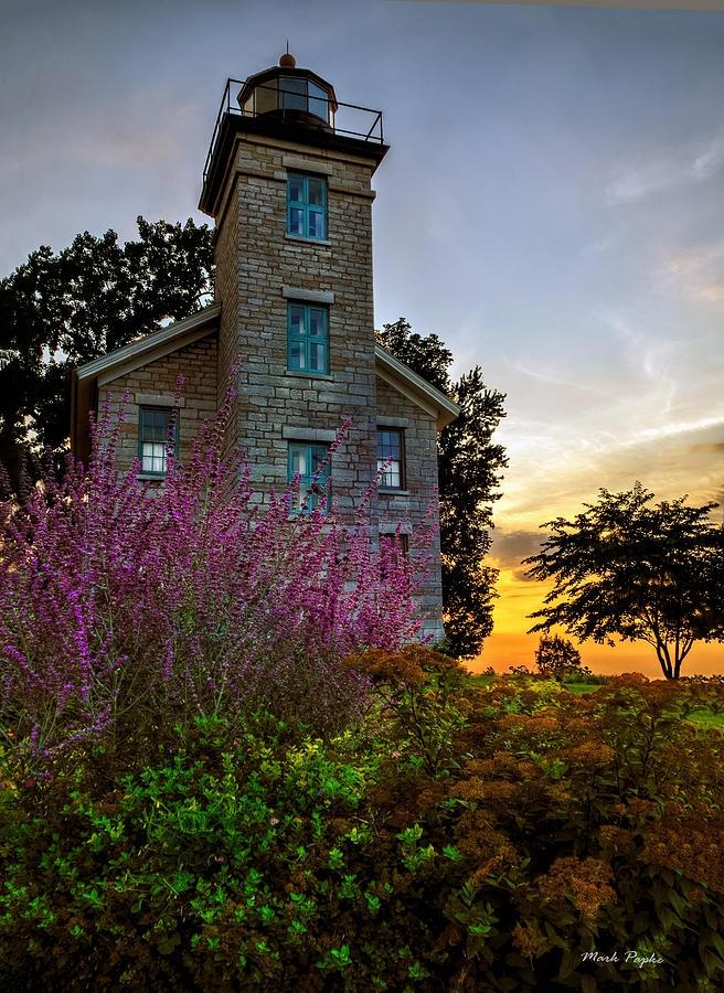 ✮ Sodus Bay Lighthouse - Sodus Bay, NY