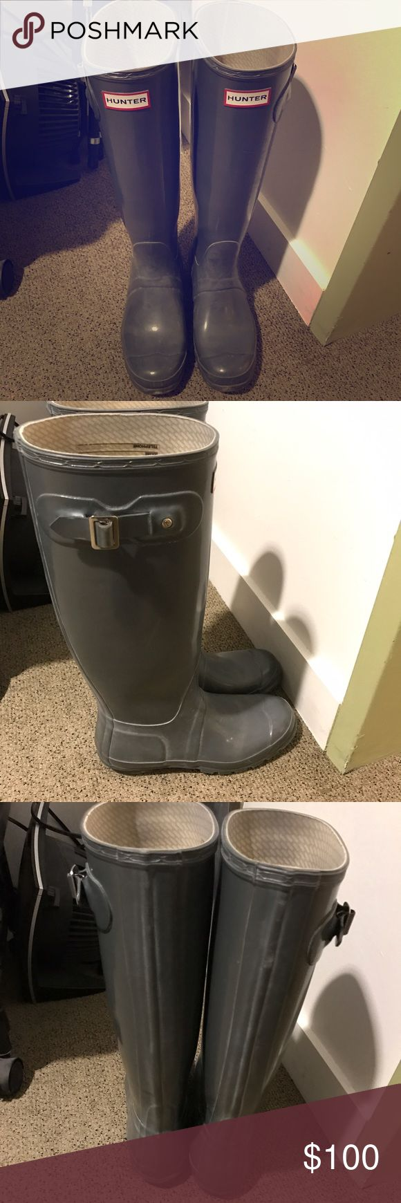 Grey Hunter Boots! Size 8 women's grey hunter boots. Lightly worn! Hunter Boots Shoes Winter & Rain Boots