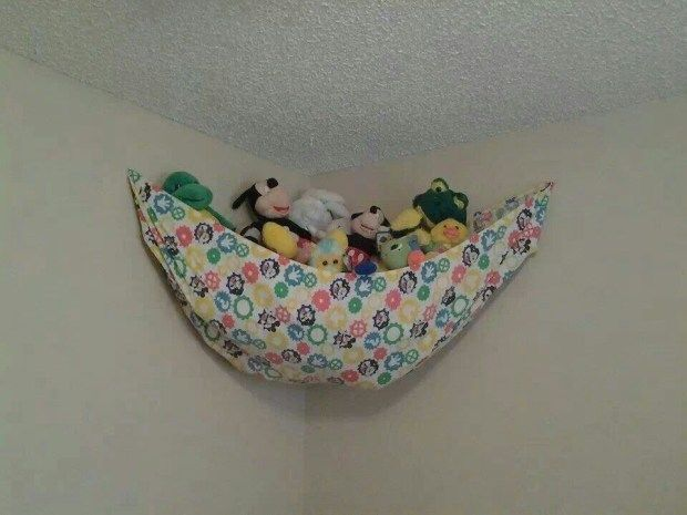 Stuffed Animal Toy Storage: 5 Easy Ways To Store Stuffed Toys. Crib Sheet Hammock For