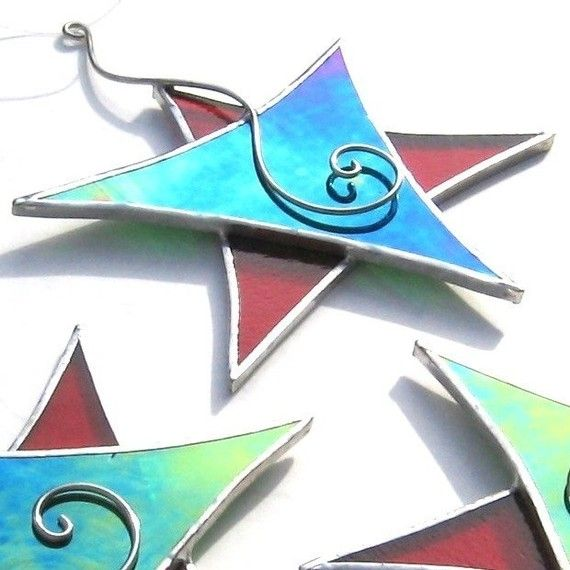 Christmas Dancing Star - Stained Glass Ornament - Red Green Wire Spiral Christmas Holiday Tree Decoration Suncatcher Decoration