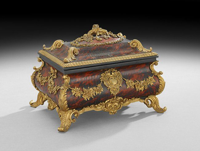 French Tortoiseshell and Gilt-Bronze Jewel Casket