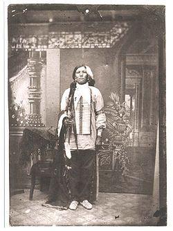 Crazy Horse (Lakota: Tȟašúŋke Witkó ca. 1840 – September 5, 1877) leader of the Oglala Lakota.