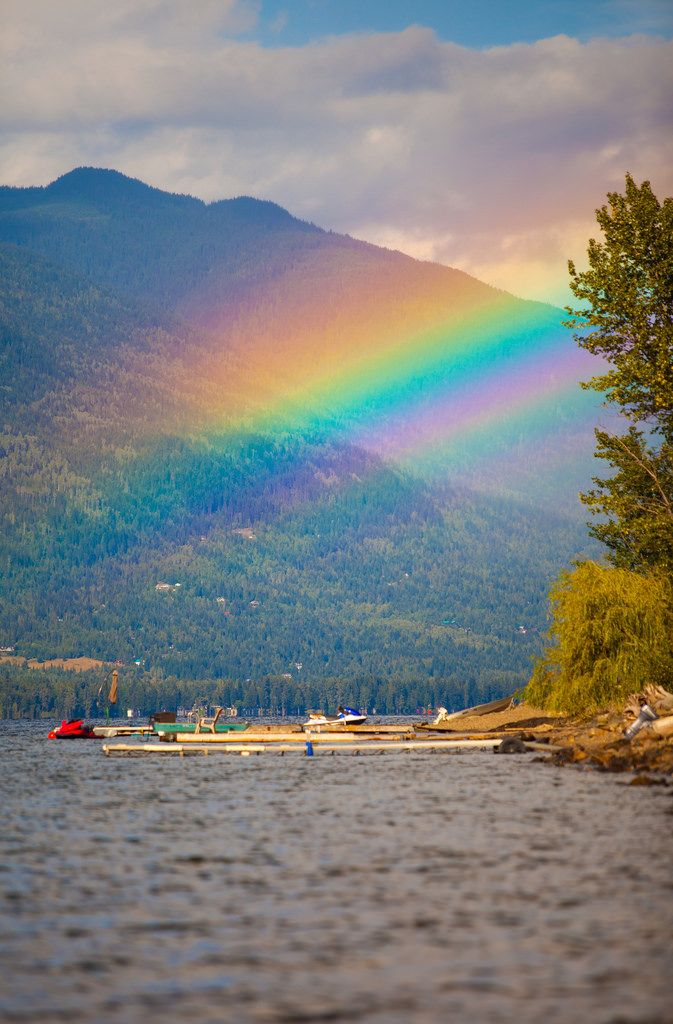 When this rainbow was at it's hight of color, I did my best to compose a shot…