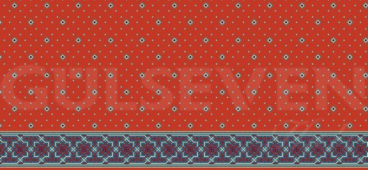 Gülseven Halı tarafından üretilen Saflı Cami Halısı Mavi çizgili dekoru ile Kırmızı renktedir. Detaylar için:https://gulsevenhali.com.tr #halı #cami #mescid #mescit #yün #saflı #seccade #kilim #dokuma #elyaf #yünelyaf #carpet #wool #majcid #mosque #woolcarpet #rug