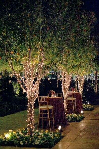 Love the lights in the trees - easy to do, especially with solar fairy lights. Outdoor Entertaining