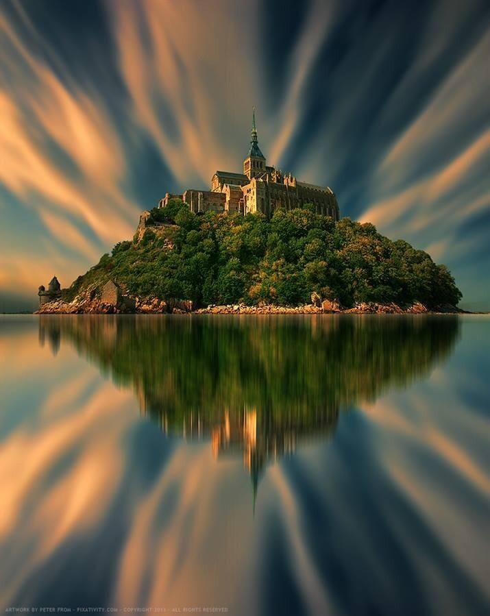 Twitter / Alexistrends99: Breathtaking Mont Sant Michel ...