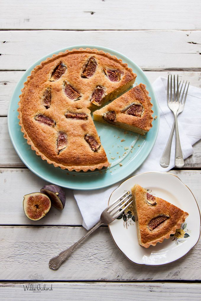Get the soul gratifying pleasure of a perfectly lined tart case with the beauty of almond cream filling and jammy figs in this Fig + Almond Frangipane Tart.