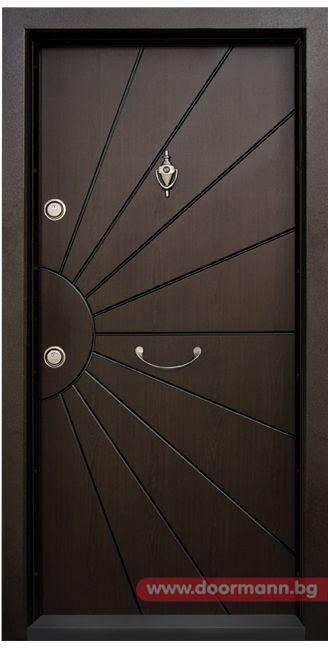 Блиндирана входна врата - Код T109, Цвят Тъмен Орех