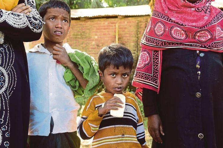 Bangladesh akan halau Rohingya kerana masuk secara haram   Polis Bangladesh semalam menahan puluhan pendatang Rohingya sebahagiannya kanak-kanak dan berkata mereka akan diusir walaupun berdepan dengan kekejaman tentera di Myanmar.  Bangladesh akan halau Rohingya kerana masuk secara haram  Pertubuhan Bangsa-Bangsa Bersatu (PBB) berkata 30000 etnik Rohingya penduduk minoriti Islam yang tidak diiktiraf sebagai warga negara oleh Myanmar terpaksa melarikan diri dari kekejaman.  Lebih 2000…