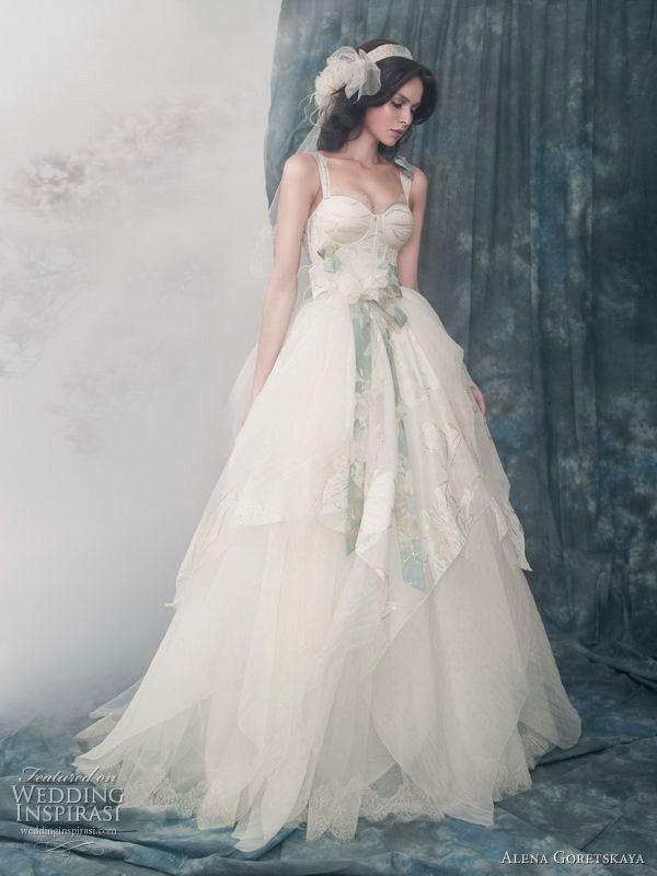 Alena Goretskaya 2011 bridal collection, bride, bridal, wedding, wedding dress, wedding gown, bridal gown