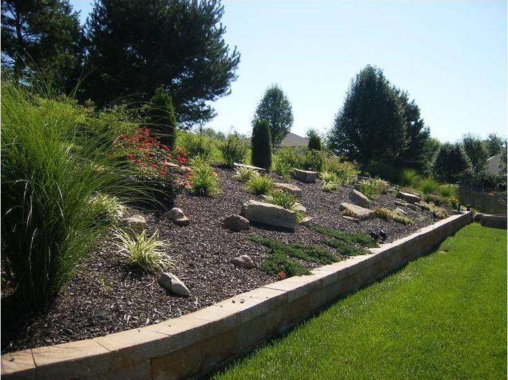 Impressive on Landscape Ideas For Sloped Backyard Landscape Design Ideas  For Sloping Backyard Home Design. Mer enn 25 bra ideer om Sloped backyard p  Pinterest   Hagedesign