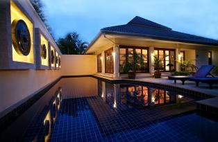 Early evening at the villa
