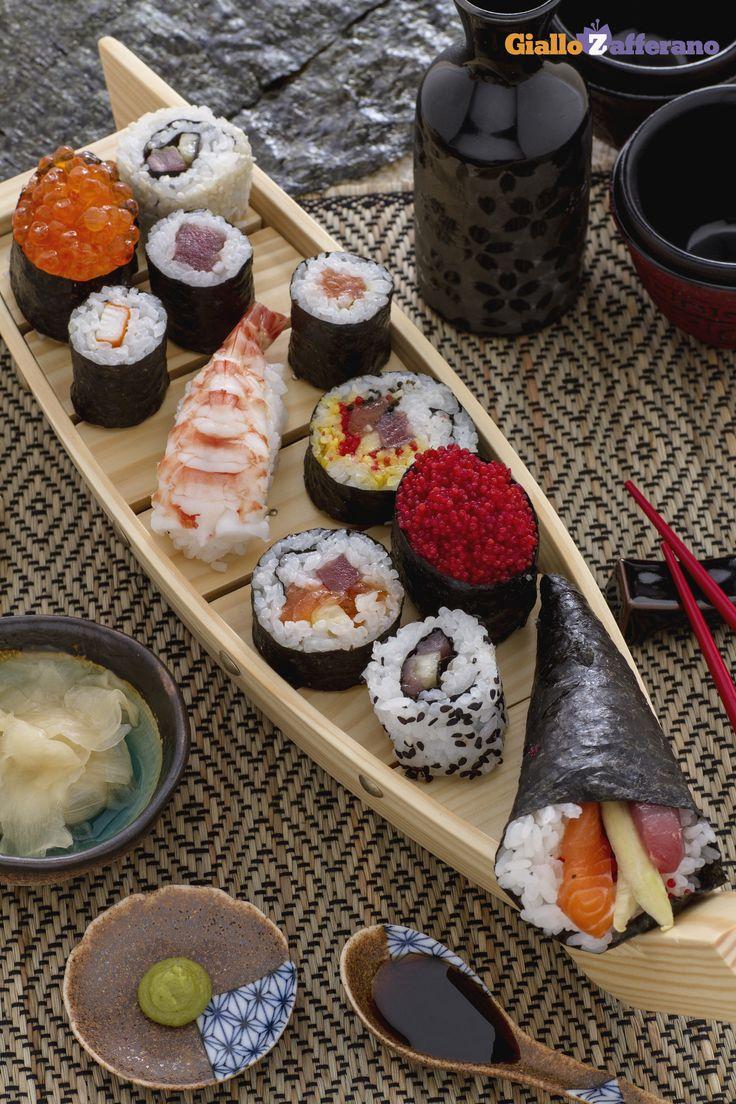 Per una sera romantica invece della classica cena al Giapponese, provate a preparare voi un #sushi a casa! #SanValentino #ricetta #GialloZafferano #ValentinesDay http://speciali.giallozafferano.it/cena-per-due