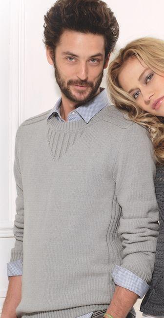 Estupendo,ligero y elegante jersey tejido en lana para hombre. hecho a mano (handmade) excelente calidad y variedad de materiales. Tejido tricot d ...