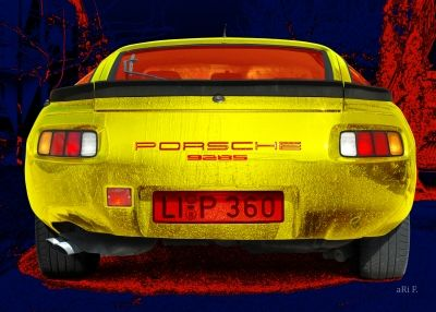 Porsche 928S in blue & yellow created by www.Oldtimerphotography.de