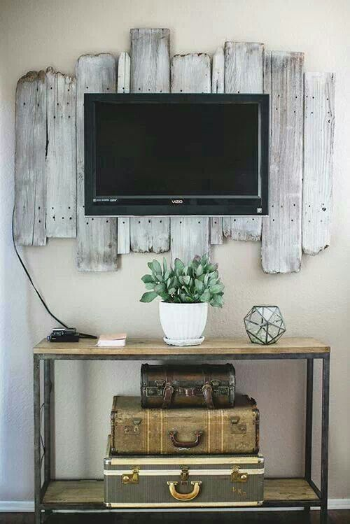 A rustic look for the flat screen