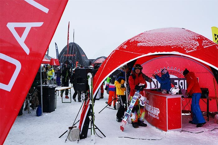 Surf og Ski inflatable reinforced event tent. Testet at wind speed as high as 100 km/h.