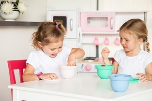 AdoraBOWLS - With suction lids. Ideal for toddler snacks. www.weanmeister.com.au