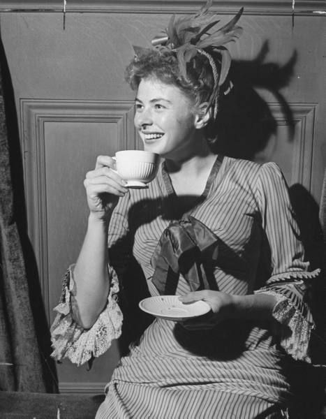 """Ingrid Bergman in a candid (off-stage)moment , perhaps while shooting the 1944 film """"Gaslight."""" lmr"""