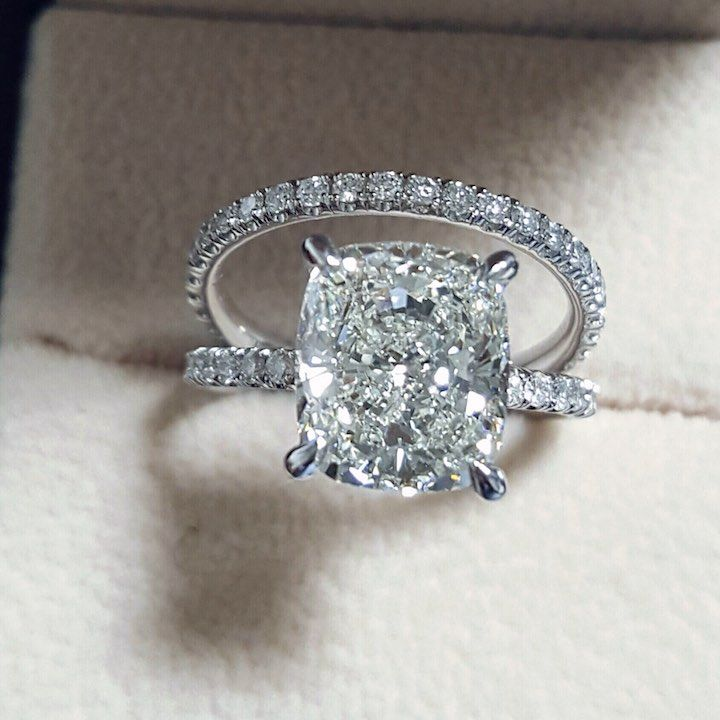 Engagement ring idea; Featured ring: Diamond Mansion
