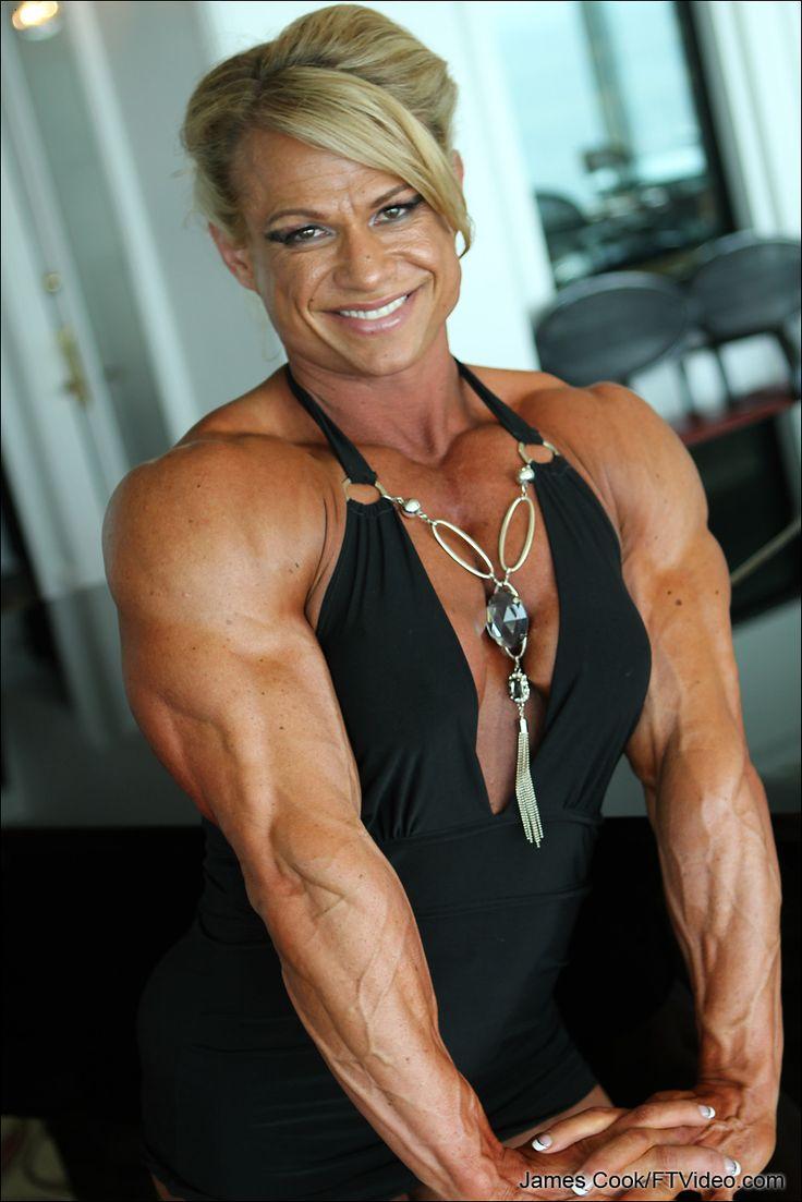 Pin de M. Fields en Tina Chandler | Muscle girls, Gym ...