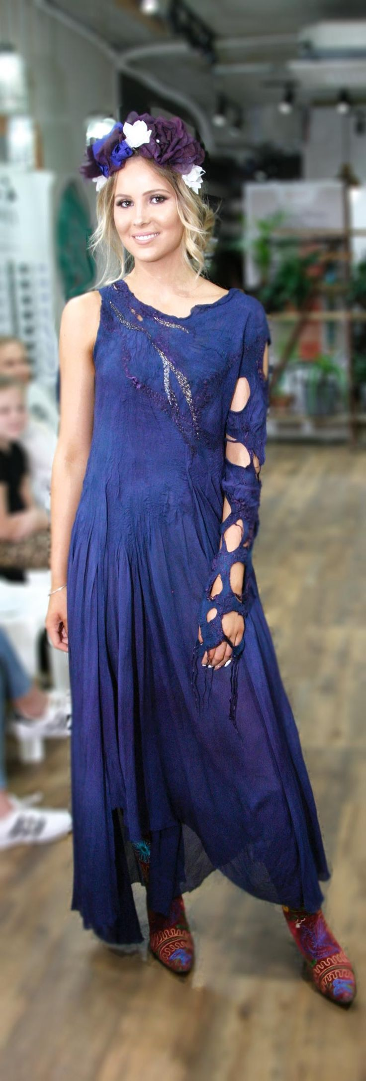Buy fashion bohostyle nuno felted dress by Vera Alexanderova. #fashion #uniquedesign #uniquedress #unique #boho #bohochic #bohostyle #bohowedding #nuno #nunofelt #nunofelting #nunodress #purple #purpledress