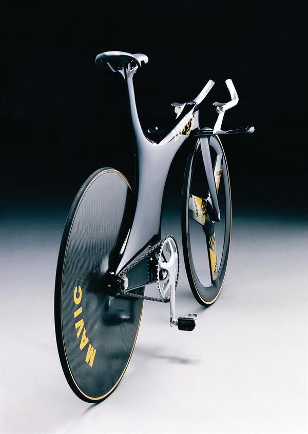 "Lotus Type 108 Olympic Pursuit Bike • at the Design Museum's ""Designed to Win"" through Nov. 18"