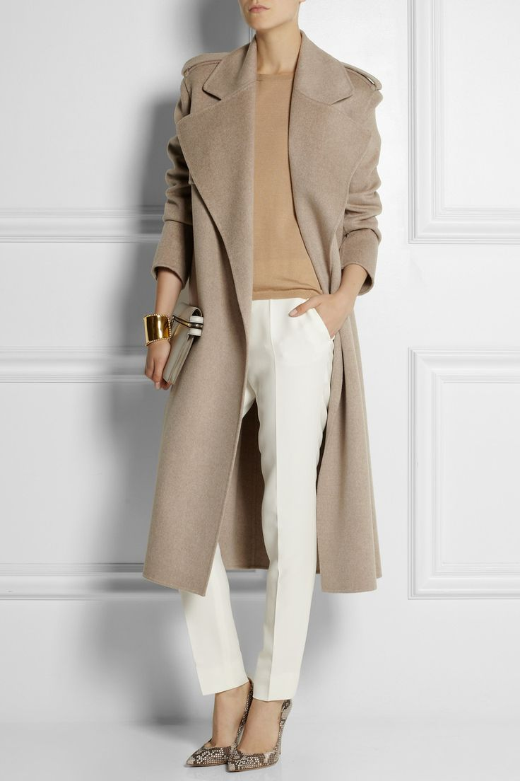 Loving the fall neutrals. Joseph wool+cashmere coat.
