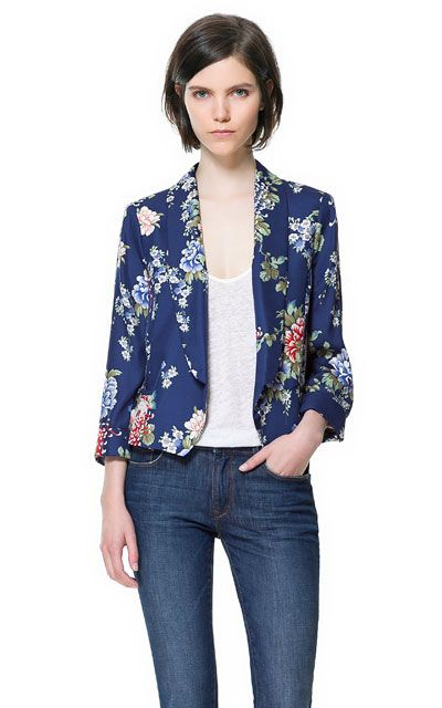 Image 2 of PRINTED CROPPED BLAZER from Zara