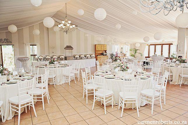 Carmen Roberts Photography, Mark & Mandy, Calderwood Wedding Venue