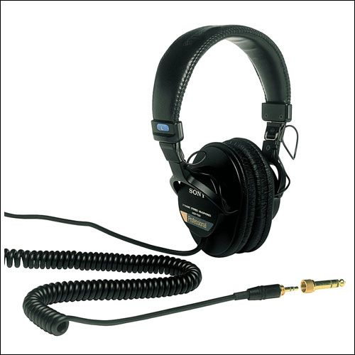 Sony MDR7506 Professional DJ Headphones - Searching for the best DJ Headphone? Take a look for while buying best DJ Headphones and then buy the best headphones for DJ from amazon.