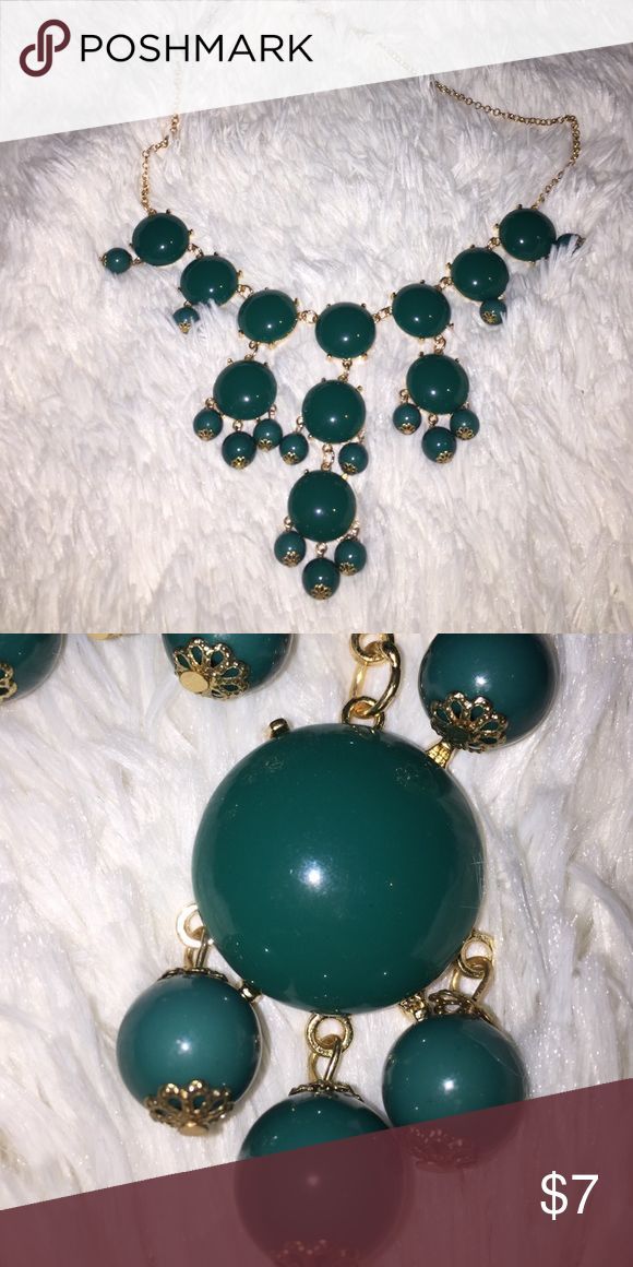 dark turquoise bubble necklace Super cute necklace!! Perfect for a casual and formal events. Has never been worn, great condition!! Jewelry Necklaces