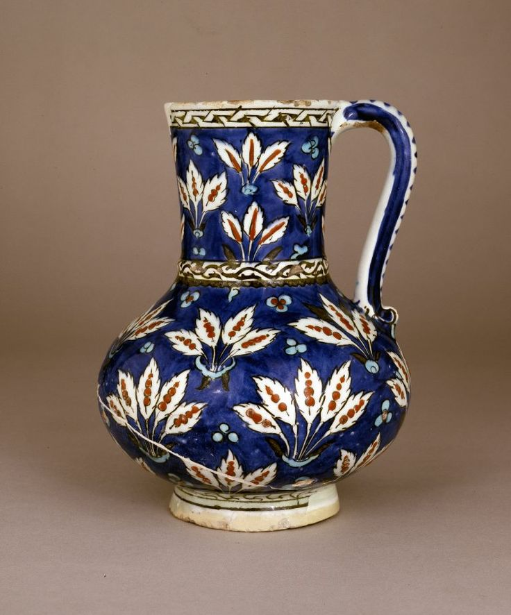 jug; Ottoman dynasty; 16thC; Iznik