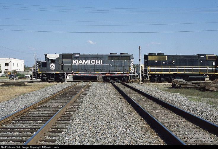 RailPictures.Net Photo: KRR 3813 Kiamichi Railroad EMD GP38 at Hope, Arkansas by David Harris
