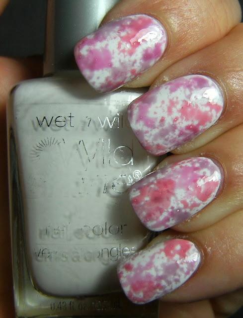 grafitti sponge nails