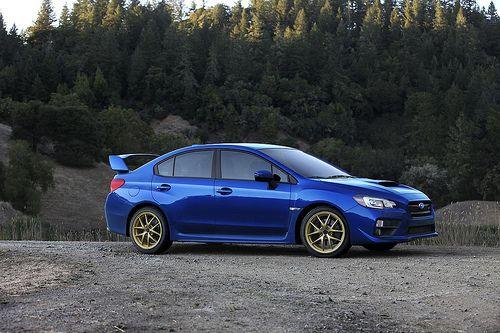 Subaru WRX STI 2014.