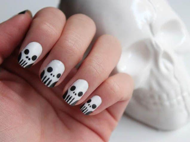 Skull nail art - http://www.ivillage.com/halloween-nail-art/5-a-546075