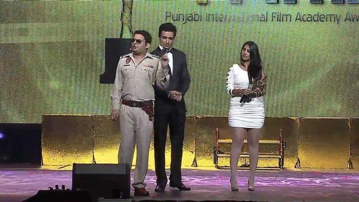 Best Playback Singer (Female) - Anchors Kapil Sharma and Sonu Sood - Pun...