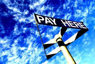 Cheap hourly Melbourne parking $4 @ 62 Latrobe St $1 @ Meaden St, Southbank $8 @ Council House, 200 Little Collins St Early bird: $12 @ 340 & 380 Latrobe St $13 @ 224 Latrobe St, 179 little Bourke St $14 @ 383 Latrobe St, 250 Elizabeth, 150 Lonsdale, 180 & 222 Russell, 114 & 517 Flinders Lane, Melbourne Central & Atrium/Lonsdale car park.