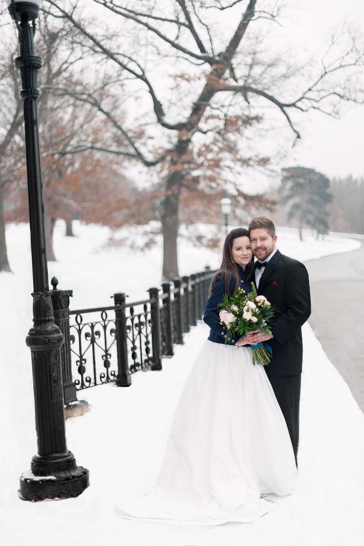 Navy Blazer With Wedding Dress For This Winter St Louis Winterwedding
