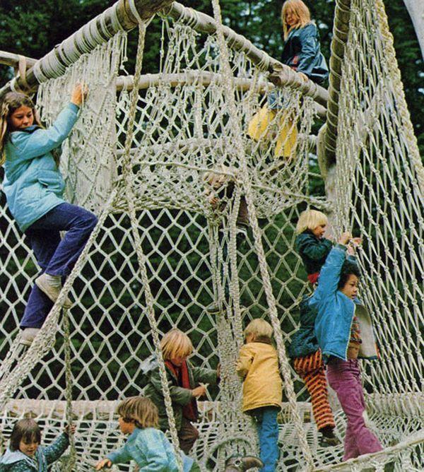 Macramé Park, Bolinas CA, early 70s    I've love to make something like this!